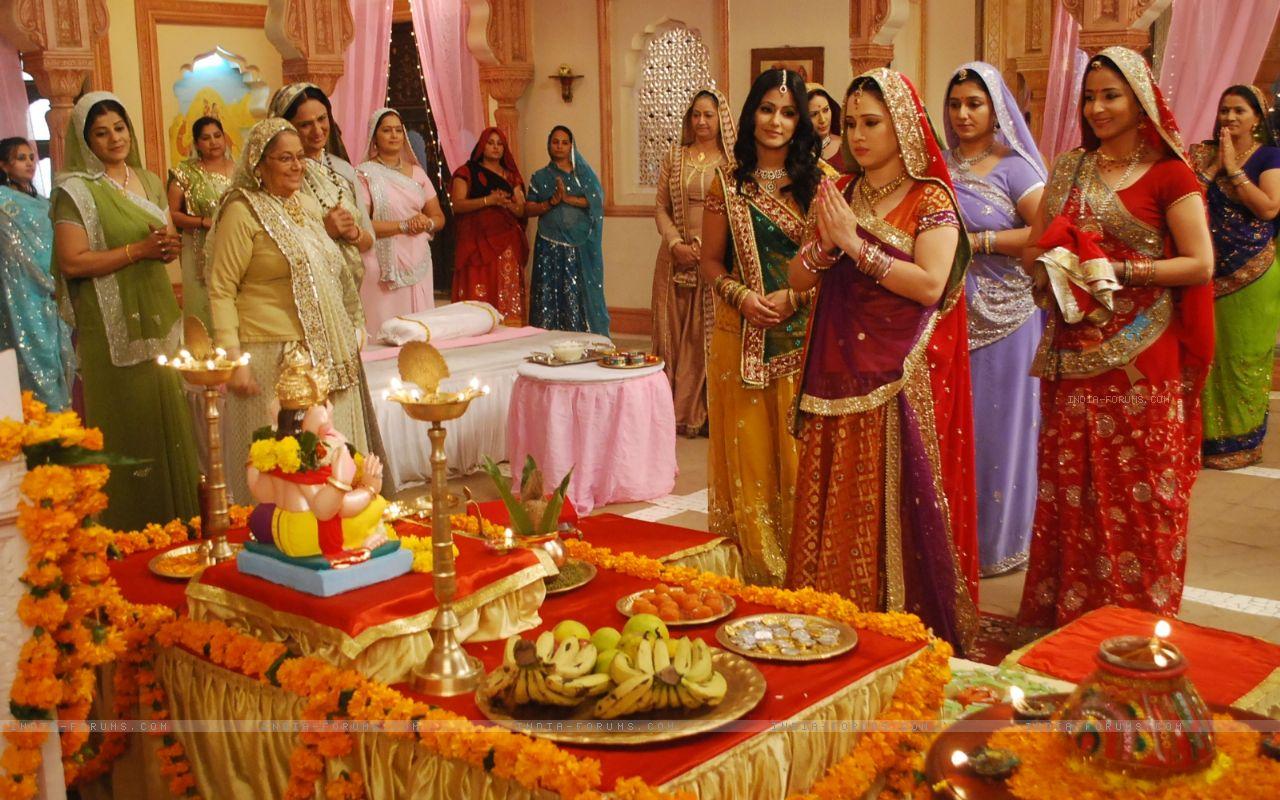 Mehndi For Godh Bharai : Pre shaadi ceremonies for the hindu couple part